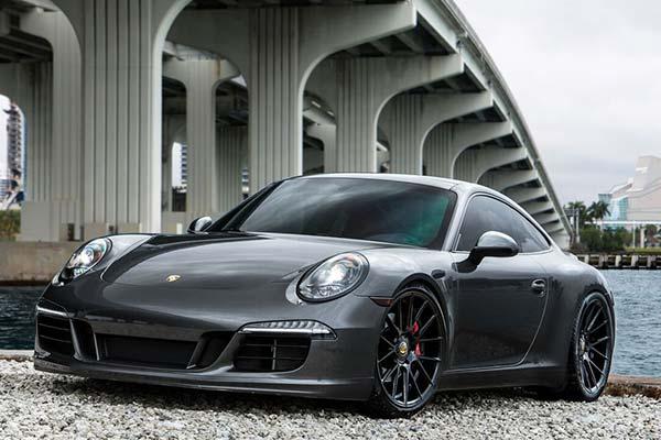 xo-luxury-xf1-wheels-gloss-black-lifestyle2