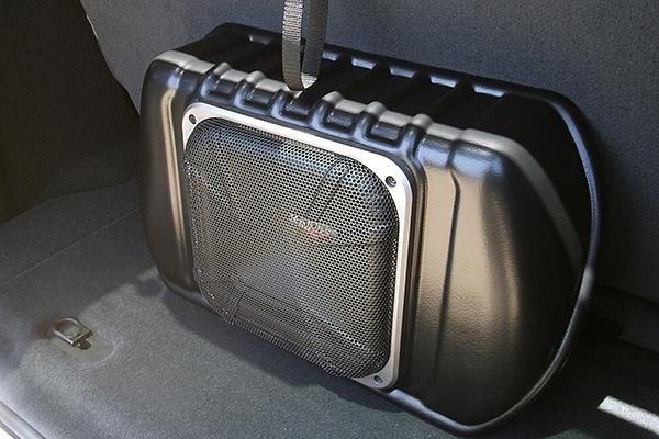kicker vss powerstage subwoofer jeep 2door installed sample