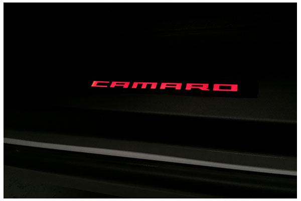 windrestrictor camaro door sills black red sample
